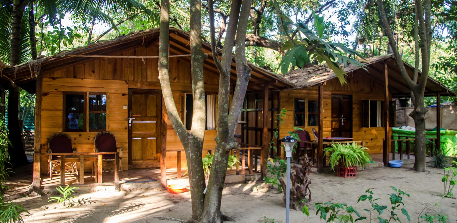 Fernandes Wooden Huts Palolem Beach Cottages Cocohuts Agonda Backpackers Budget Hotel Guest House
